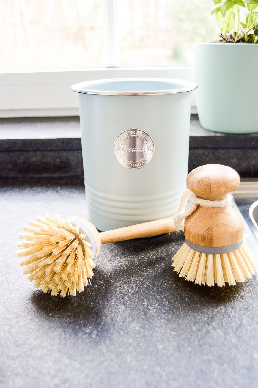 kitchen sink makeover - brushes