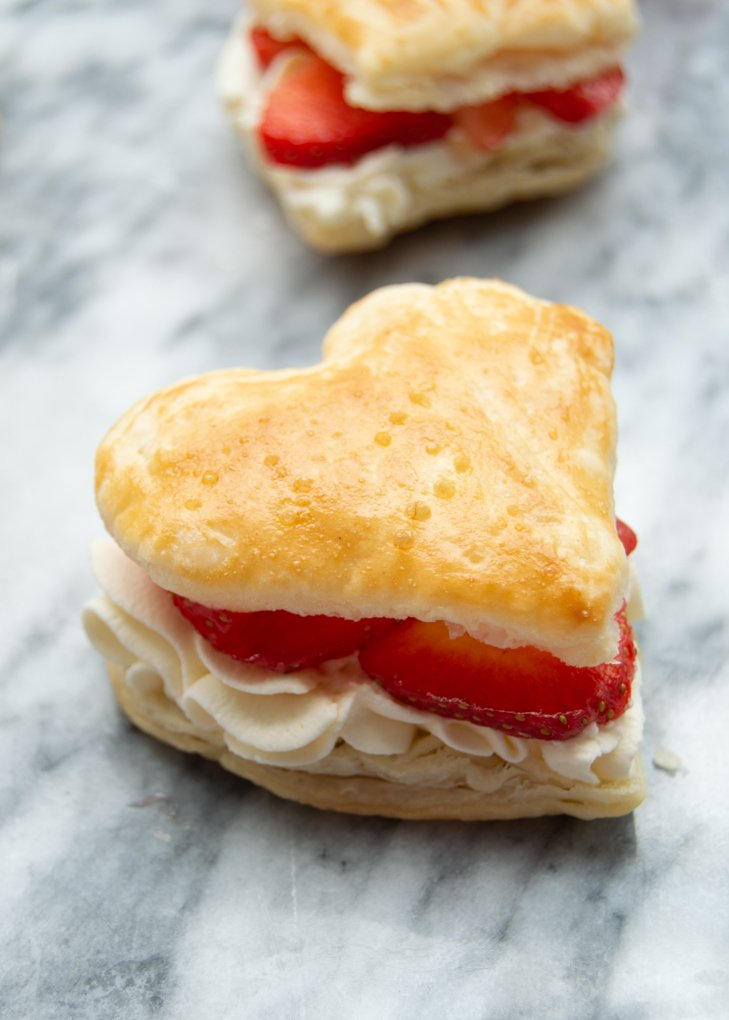 puff pastry hearts - filled