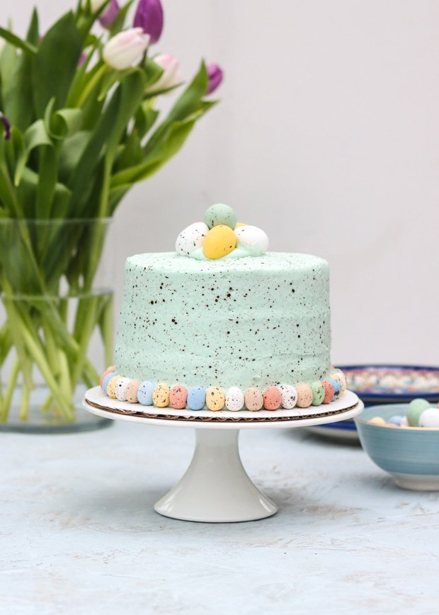 speckled-egg-cake-tulips-candied-eggs